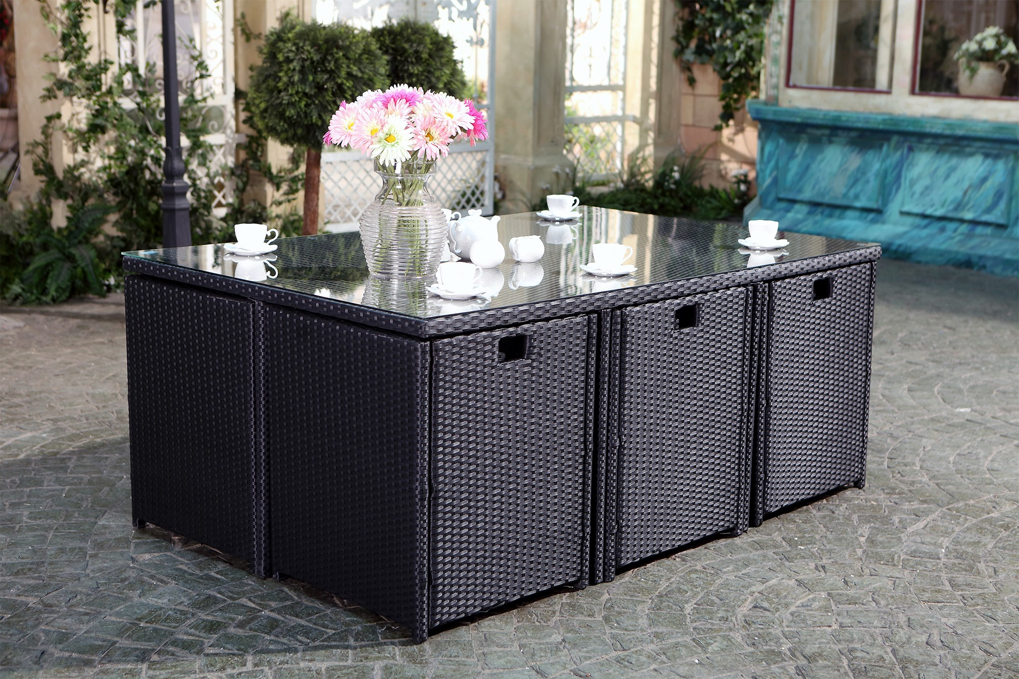 table tofino 6 10 noir salons de jardin en r sine tress e salons de jardin. Black Bedroom Furniture Sets. Home Design Ideas