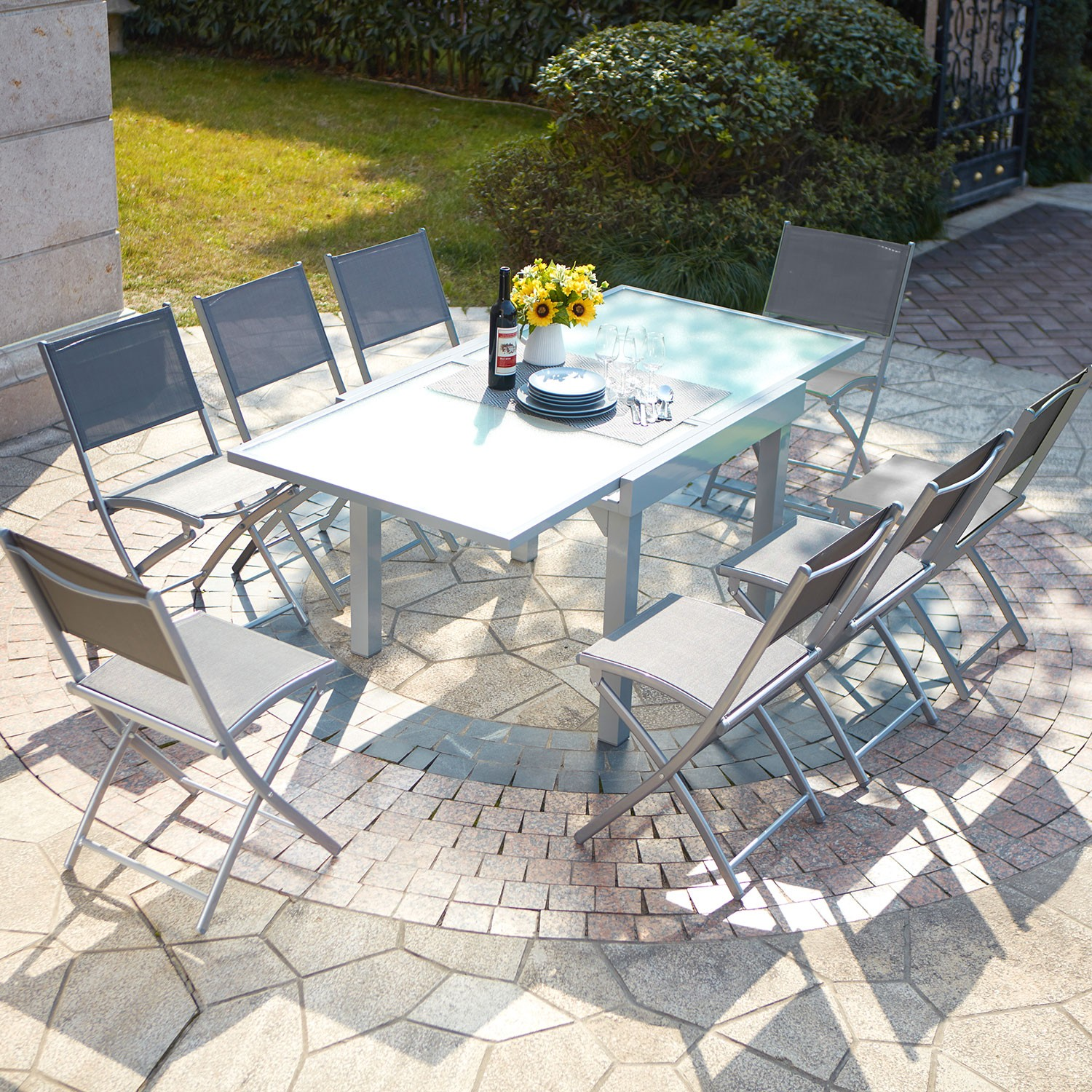 Ensemble table de jardin en aluminium extensible molvina 8 for Table verre 6 personnes