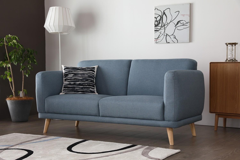 Vilona bleu : canapé scandinave 3 places bleu pastel