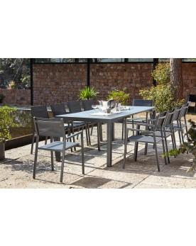 Console aluminium avec 10 chaises et leurs housses de protection
